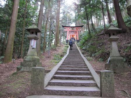img_3912_kyoto_toris-de-fushimi-na-montanha-de-inari